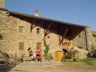 3 bedroom Bed and Breakfast with Internet Access in Auvergne - Auvergne vacation rentals