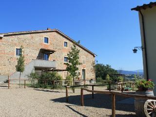 VERDE APARTMENT panoramic gazebo / garden / pool - Ponticino vacation rentals