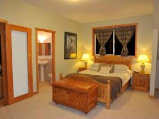 Waterfront westcoast carriage hse pet frnd retreat - Halfmoon Bay vacation rentals