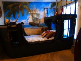 4 King Masters & BEST KIDS ROOMS at Disney, 2 mi - Kissimmee vacation rentals