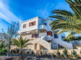 Apartments Mia -ap5- island Molat - Verunic vacation rentals