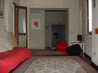 DIAMOND HOUSE PARMA (Air conditioner) - Parma vacation rentals
