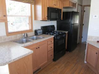 Lovely Cabin with Internet Access and A/C - Alton vacation rentals