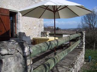 Gite du Petit Loubès - Loubes-Bernac vacation rentals