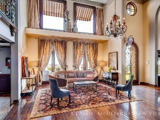 ** WINTER SPECIALS ** - Private Hollywood Villa w/ Views (4br + 3.5bath) - Los Angeles vacation rentals
