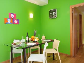 Comfortable 3 bedroom San Pol de Mar Condo with Internet Access - San Pol de Mar vacation rentals