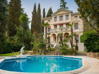 Villa Vittoria Luxury Accommodation - Lake Garda vacation rentals