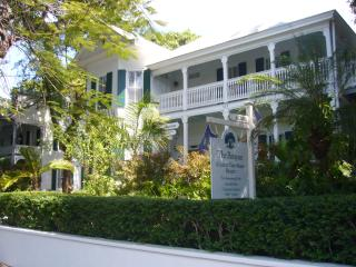 2 bedroom Apartment with Internet Access in Key West - Key West vacation rentals