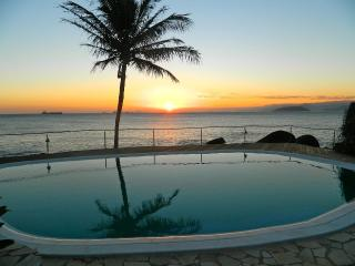 charming SUITES  on the seashore (Sol-Lua) - Ilhabela vacation rentals