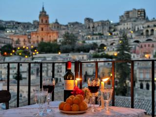 Cozy 2 bedroom Modica House with Internet Access - Modica vacation rentals