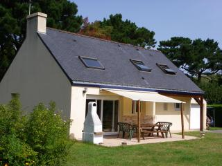 maison spacieuse  4 chambres,  jardin proche  mer - Francesville vacation rentals