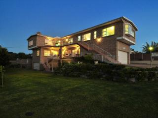 Whale Apartment - Adagio Luxury Self Catering - Stilbaai vacation rentals