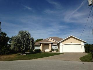 Luxury Florida Gulf Coast Villa, pool,beaches,golf - Rotonda West vacation rentals