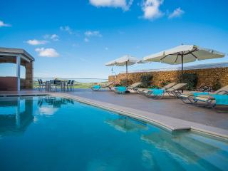 Luxury Villa sleep 8 with 2 pools cinema etc - Malta vacation rentals