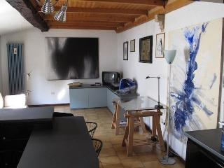 Holiday house Il Balcone PARMA (wi-fi) - Parma vacation rentals