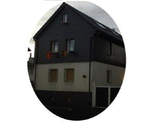"Haus ""O"", 4 sleeping rooms (2 - 16 persons) - Bad Nauheim vacation rentals"