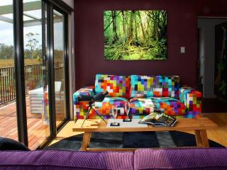 Buttongrass Retreat (southernmost in Australia) - Dover vacation rentals
