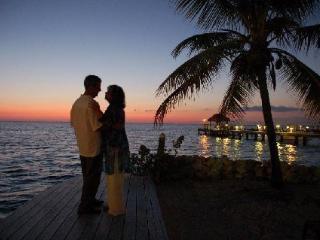 Moon Bay on the ocean in legendary Key Largo. - Key Largo vacation rentals