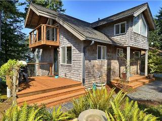 DOUBLE HAPPINESS ~ MCA# 1143 ~ Elegant and Charming!! - Manzanita vacation rentals