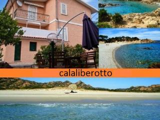 Apartment in Villa very close to beach 7 beds - Cala Liberotto vacation rentals