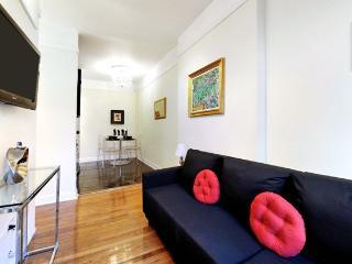 Chic Designer 2 Bedroom - Midtown East - New York City vacation rentals