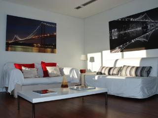 Family & Friends - Lisbon vacation rentals