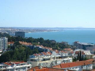 NEW Perfect Sea and Mountain View Cascais - Parede vacation rentals
