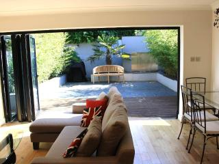 3bdrm home in leafy Putney-near river - London vacation rentals