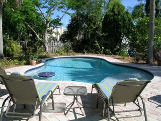 Perfect 3 bedroom House in Anna Maria with Internet Access - Anna Maria vacation rentals