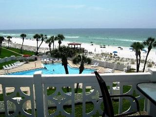 Comfortable and Gulf Front -2 bed/ 2 bth - Sorry - NO Smoking NO Pets - Fort Walton Beach vacation rentals