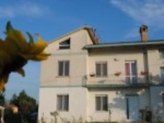 Nice Bed and Breakfast with Internet Access and Central Heating - Montefalco vacation rentals
