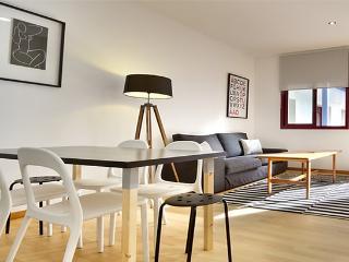 PLAZA REAL GOTICO 09:2BR/1BA - Barcelona vacation rentals