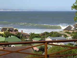 Luxury Jeffreys Bay Surf View Flat - Cape Saint Francis vacation rentals