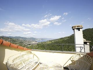 Casa Margherita:tipical house Monte di Portofino - San Lorenzo della Costa vacation rentals