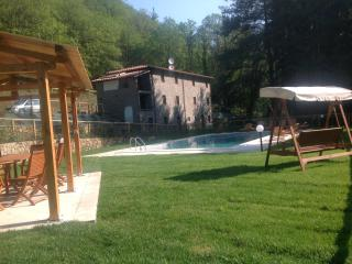 Beautiful secluded old stone Tuscan Villa - Pescaglia vacation rentals