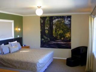 Norfolk Island House in Town with Ocean Views! - Norfolk Island vacation rentals