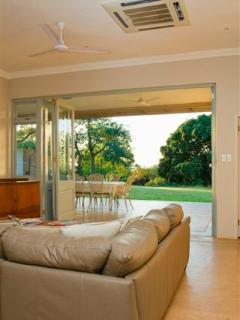 Beautiful 2 bedroom Cottage in Mtunzini with Internet Access - Mtunzini vacation rentals