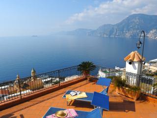 Villa Bacio in Praiano enchanting sea view - Praiano vacation rentals