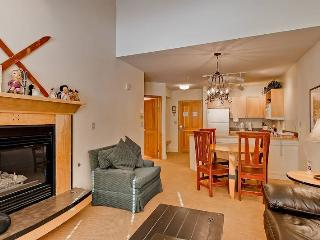 Cozy House with Internet Access and Parking - Keystone vacation rentals