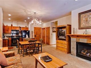Affordably Priced Breckenridge 1 Bedroom Walk to lift - M1403 - Breckenridge vacation rentals