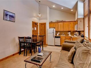 Appealing Breckenridge 1 Bedroom Ski-in - RB302 - Summit County Colorado vacation rentals