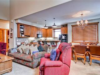 Affordably Priced Breckenridge 3 Bedroom Ski-in - SWI33 - Breckenridge vacation rentals