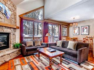 Affordably Priced Breckenridge 3 Bedroom Ski-in - SWI57 - Breckenridge vacation rentals