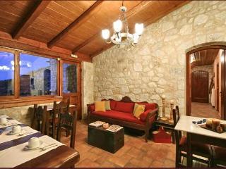ARCHONTIKO KOLOKOTRONI/ARKADIA /GREECE - Levidi vacation rentals