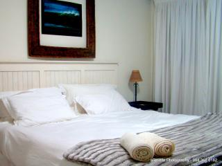 Santini Lace Selfcatering Apartment - Plettenberg Bay vacation rentals