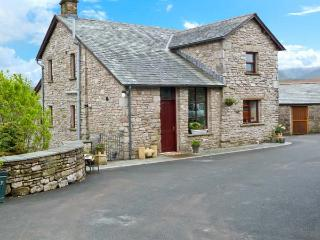 GARS COTTAGE, woodburner, outstanding views, traditional features, near Ravenstonedale, Ref. 24156 - Ravenstonedale vacation rentals