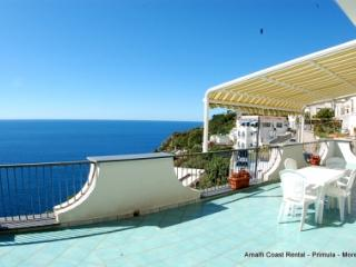 Moressa sunny apartment in Praiano, large terrace - Praiano vacation rentals