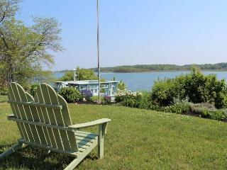 Waterfront North Fork Sunny Home - North Fork vacation rentals