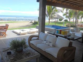 Villa Shangri-La - Cancas vacation rentals