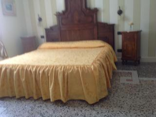 Sunny 3 bedroom Cannobio Bed and Breakfast with A/C - Cannobio vacation rentals
